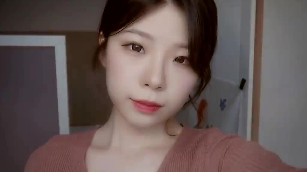 yeonchu助眠-有层次感的耳语和棉棒耳搔触发音