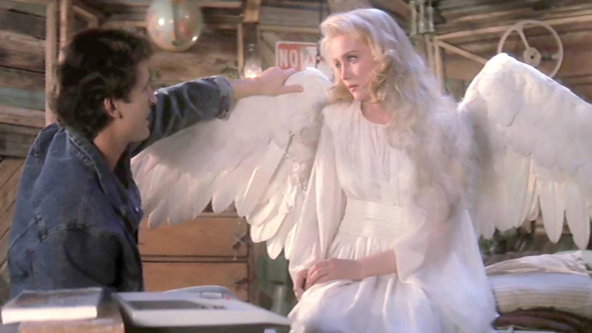 天使意外坠落人间,人们却想用她满足私欲,最后天使发怒了!速看奇幻电影《天使在人间》