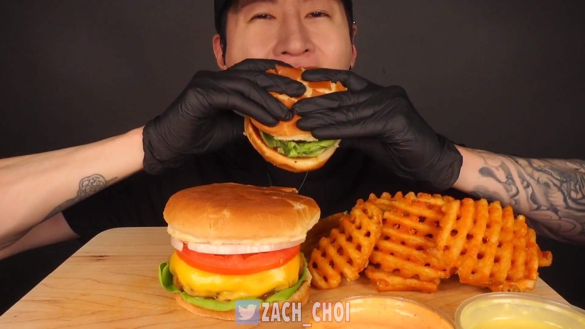 【Zach Choi】 芝士牛肉汉堡+炸薯格