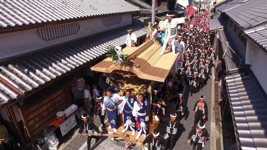 纪录片.NHK.日本之旅.岸和田彩车节:刺激的活动与地区自豪感[片头]