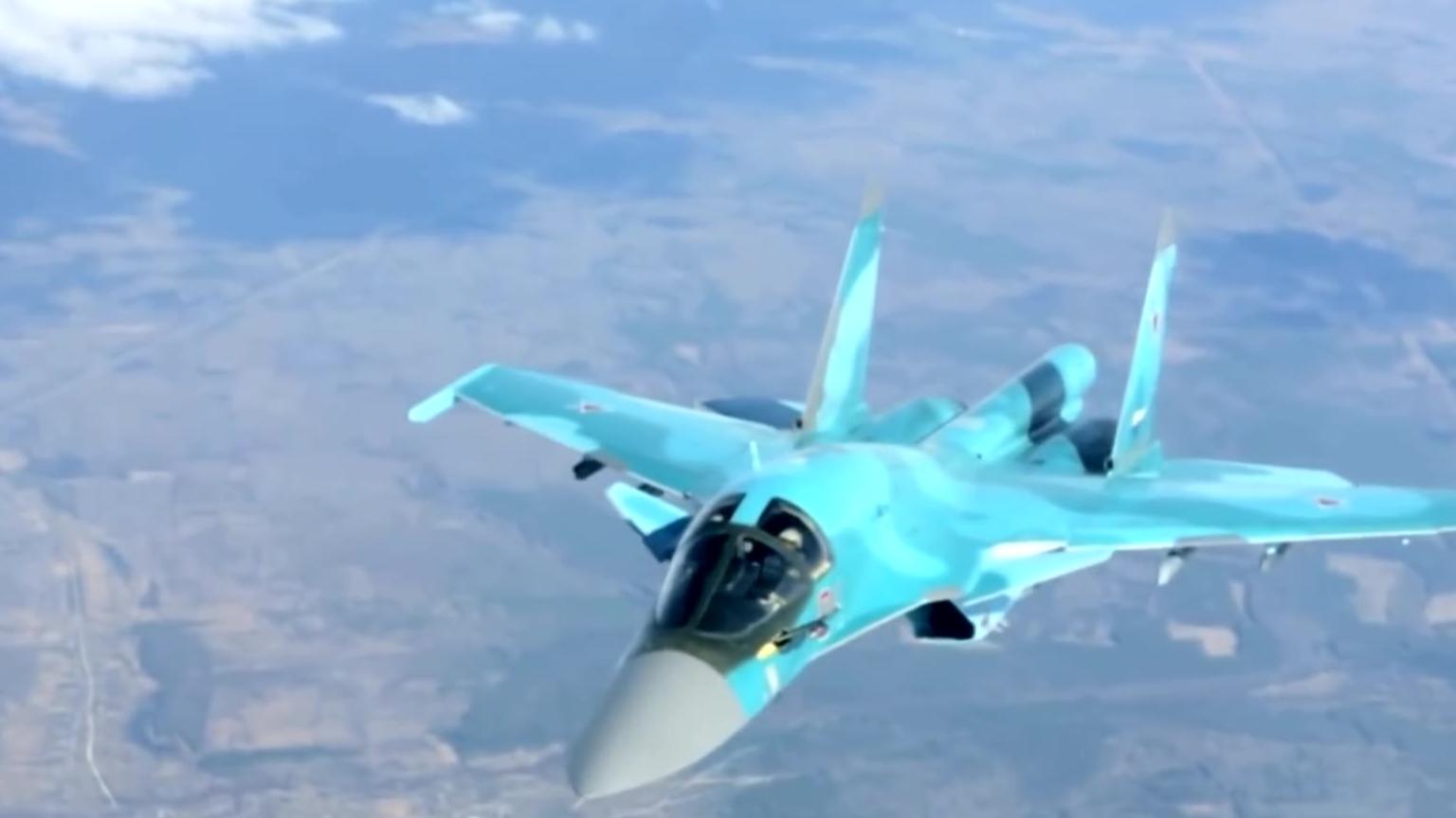 苏-34鸭嘴兽战斗轰炸机