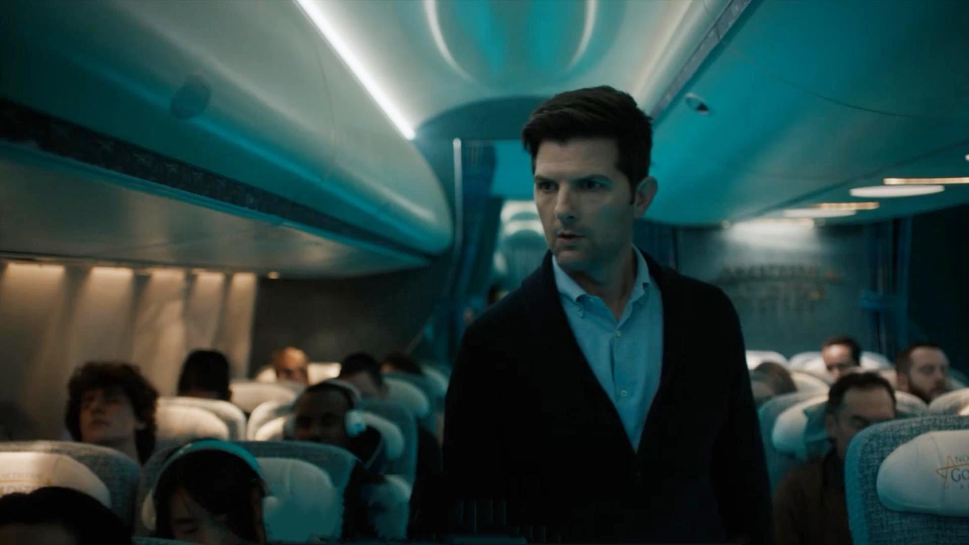 小伙在10月15日10点15分,登上1015号航班,惊人巧合预示着一件可怕的事情