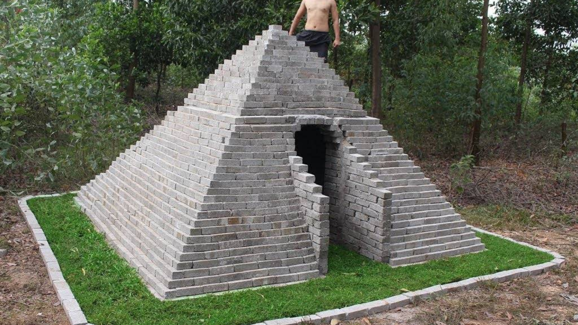 构建金字塔在森林古代技能