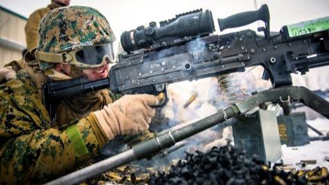 美军马润第一作战营加利福尼亚射击场训练展示