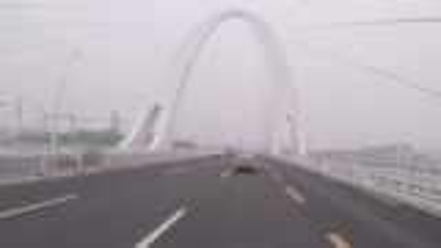 DL250通勤打卡-也不知道这天是雾还是霾