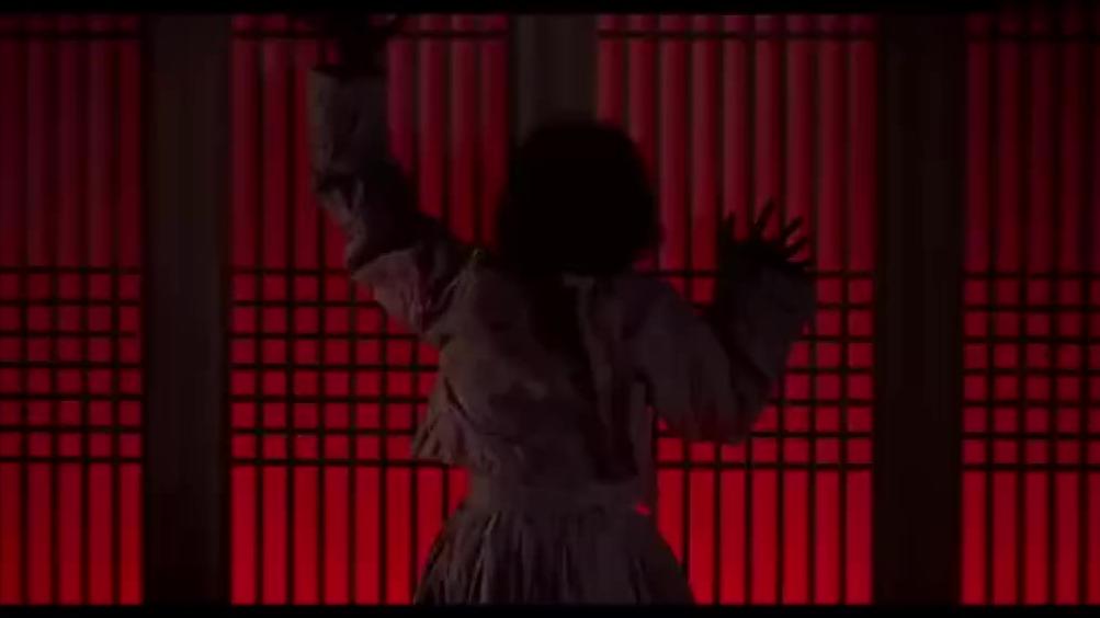 前方高能:丧尸演员幕后化妆全过程,吓到我了!
