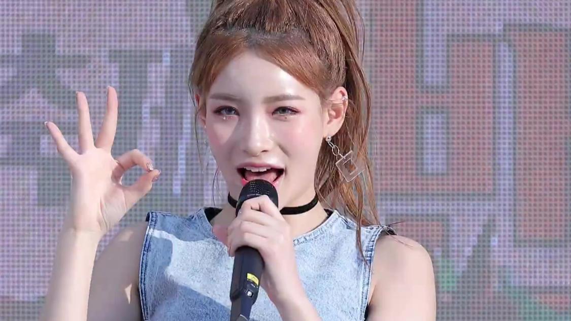 ANS 비안 - Wonderland @강동구청 직캠