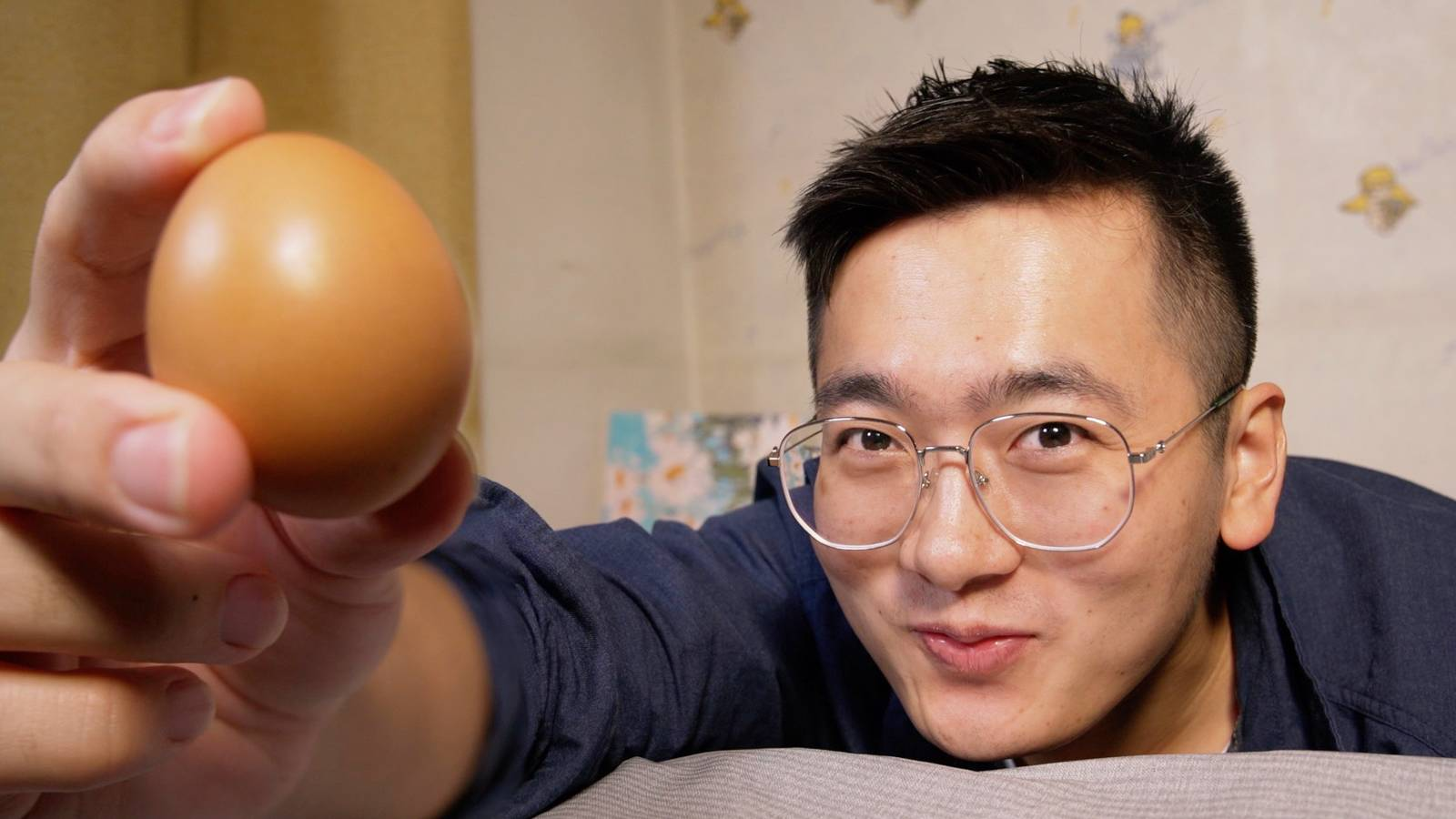 【深夜饿人】教你把鸡蛋做成吃不起的样子
