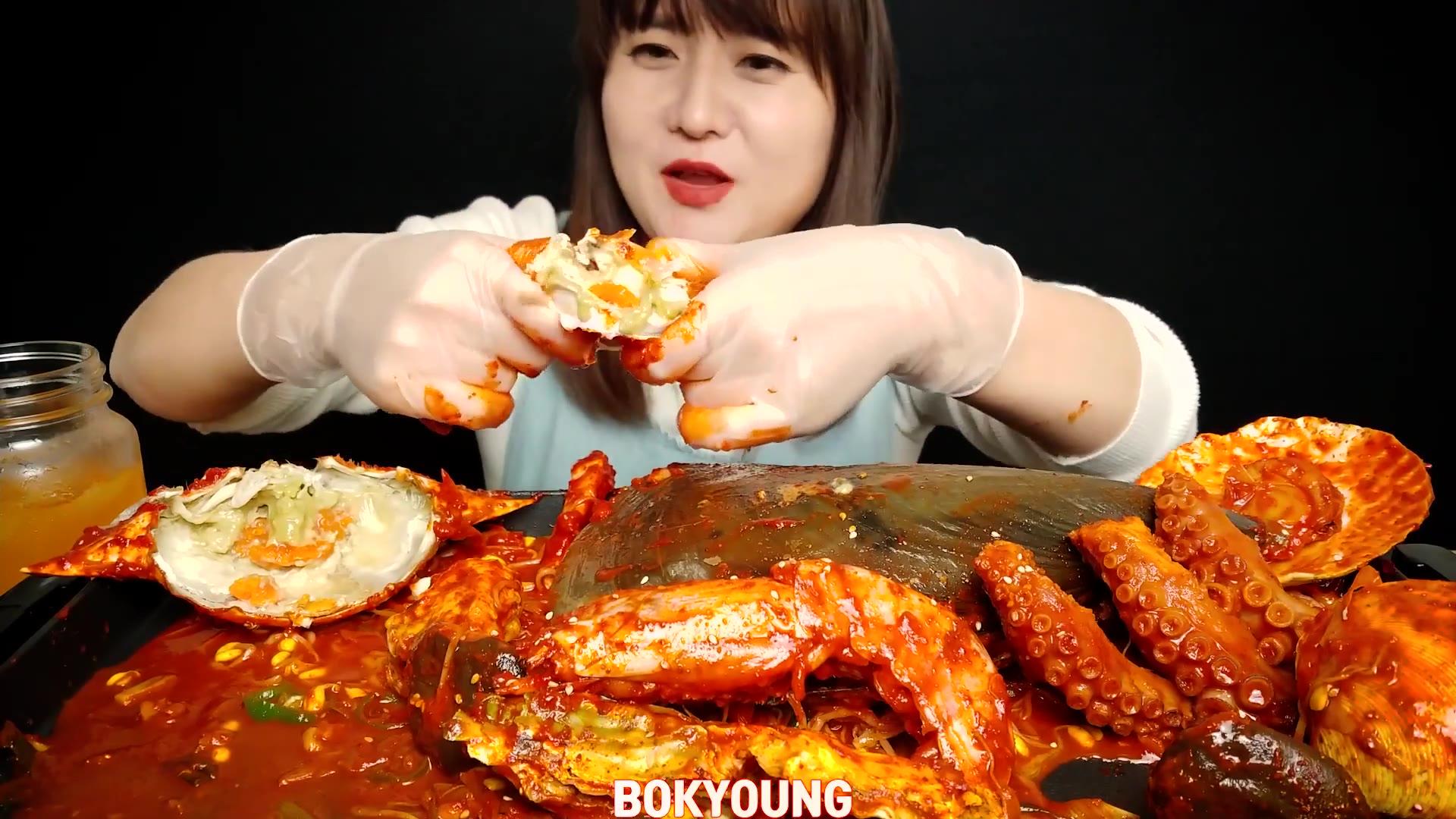 【BK】 辛辣虾螃蟹扇贝牡蛎章鱼杏鲍菇
