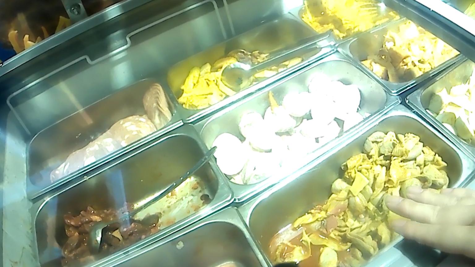 【小狂不着调】火锅就应该挑肉吃!吃个爽!