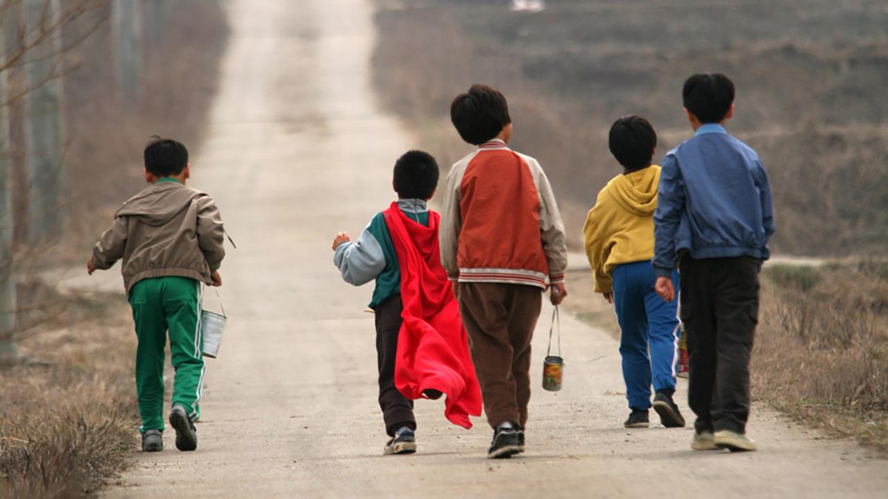 """韩国三大悬案之一,5个孩子离奇失踪,11年后出现在""""家门口"""""""