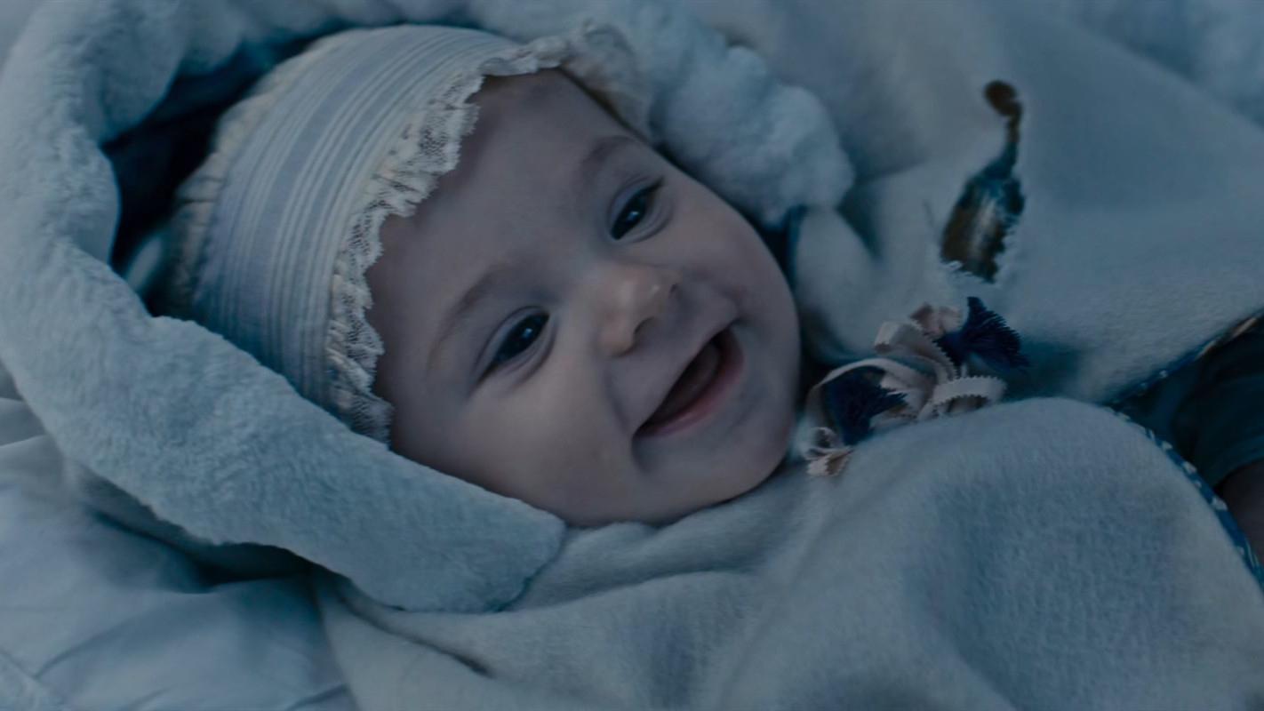 男子雪地捡到一个男婴,为30法郎将他卖掉,却不知是宝藏男孩!《雷米奇遇记》