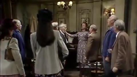 法国国歌《马赛曲》到德国国歌《德意志之歌》的无缝切换