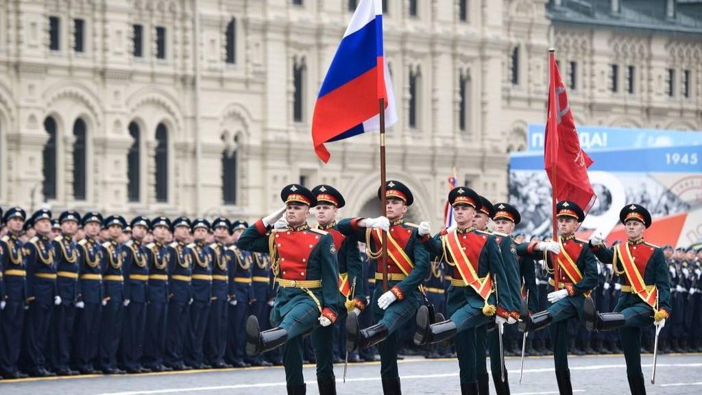 和中国一致!俄罗斯修改二战胜利日期,高官:我们和中国一起庆祝