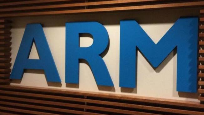 芯片行业的巨头ARM,即使是高通这样的公司,都时刻受其制约