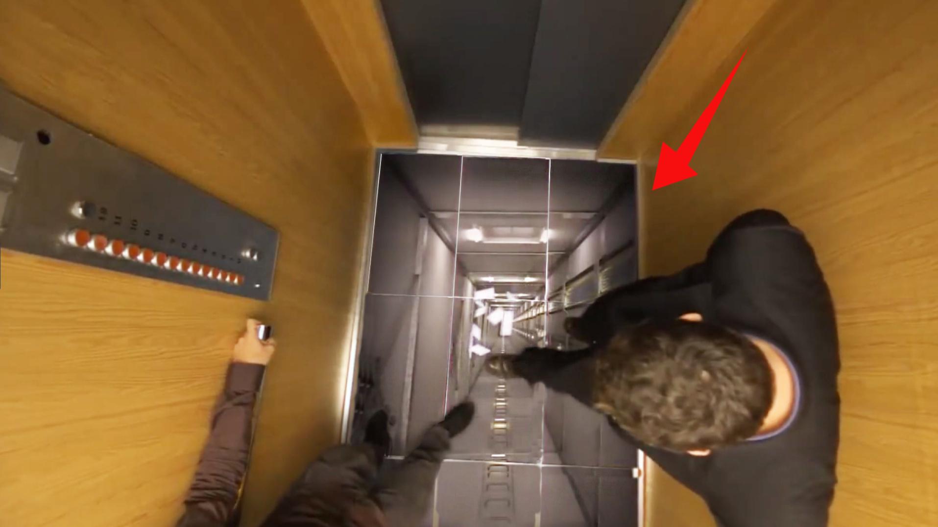 如果电梯地板突然脱落,你会怎么样,结果令人惊喜