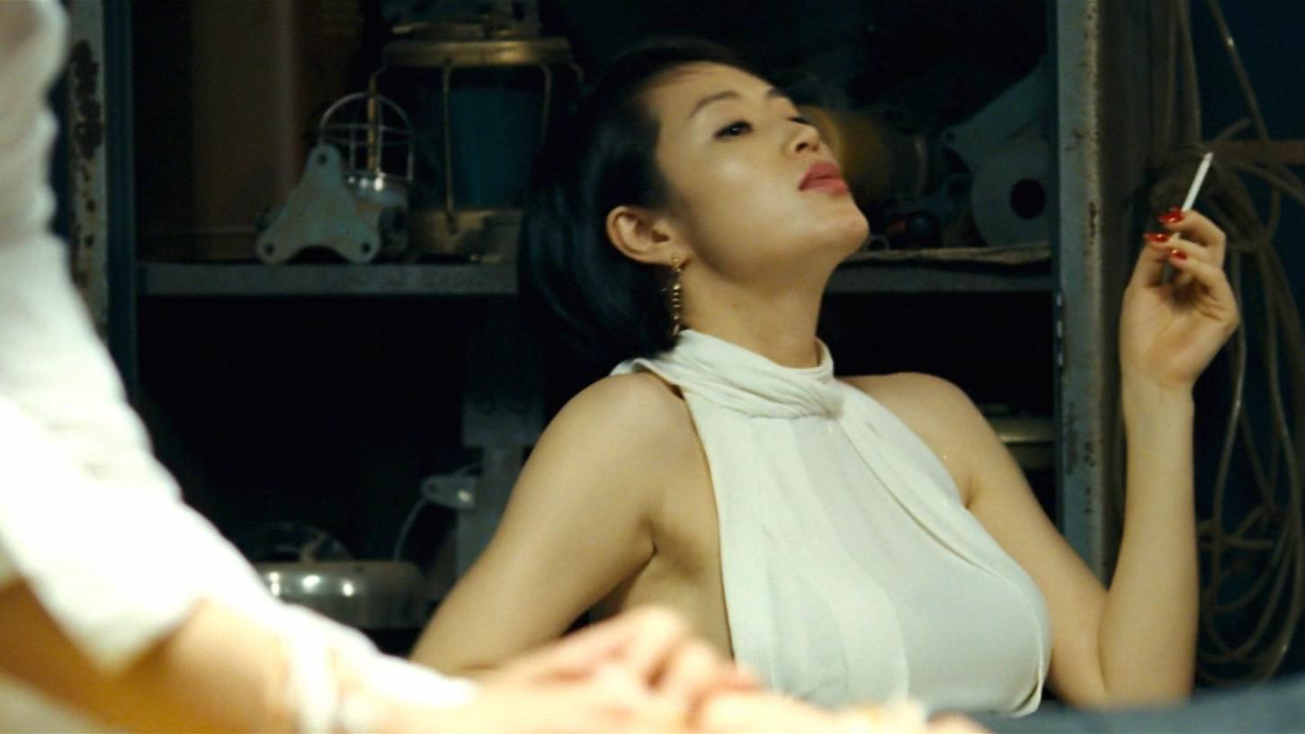 一部紧张刺激的犯罪片,堪称韩国版赌神,全程无尿点