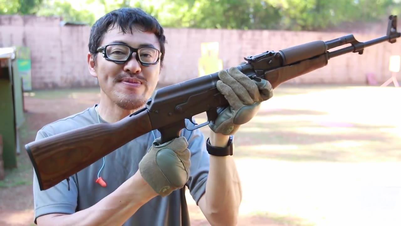 【日本壕界大叔】AK-47卡拉什尼科夫 世界上最常用的自动步枪