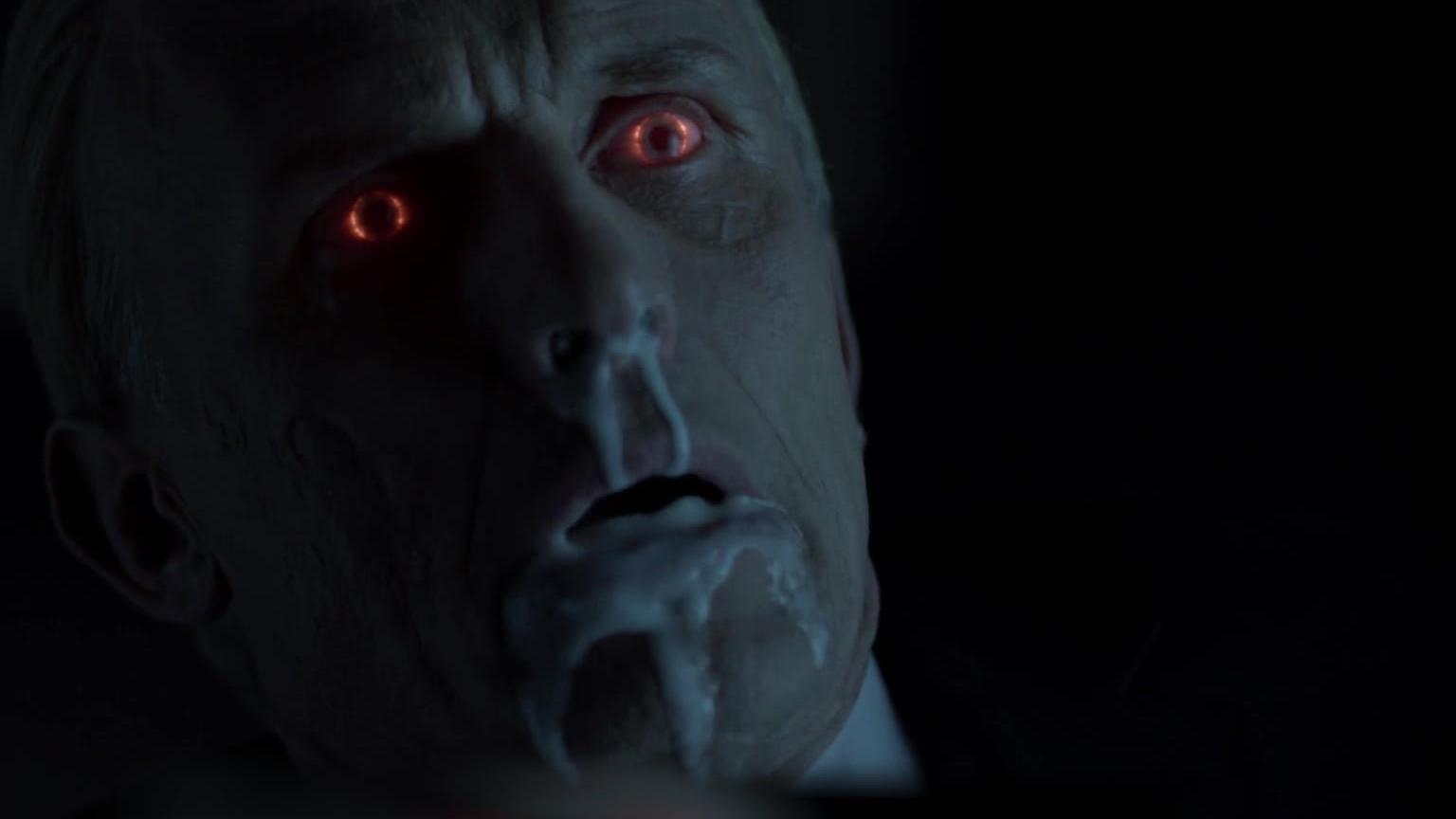 重口味吸血鬼题材美剧《血族》第4季,人类怎样反抗血族统治下的极权政府-4