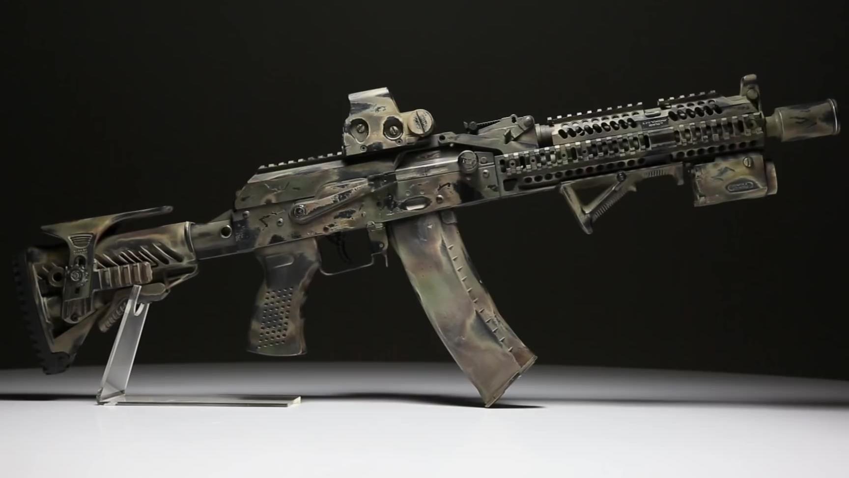 【搬运】玩具复刻版俄罗斯FSB AK Alpha 突击步枪