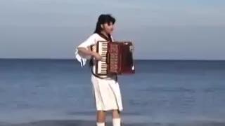 海滩独奏萨克斯