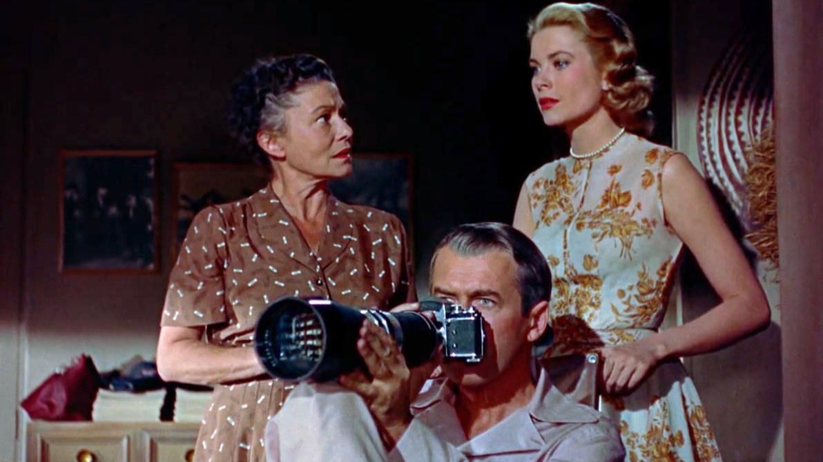 【阿斗】男子偷窥窗外,竟发现一起杀妻分尸案《后窗》这部66年前的悬疑片放到现在依然惊心动魄