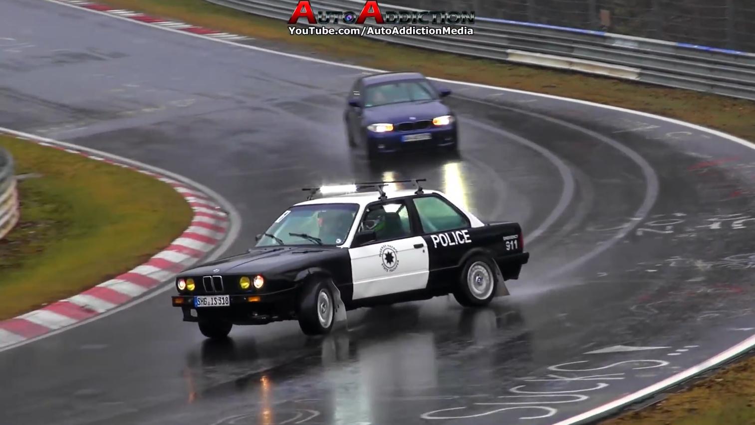 纽博格林北赛道的那些神操与失误,警车飘移问你怕不怕
