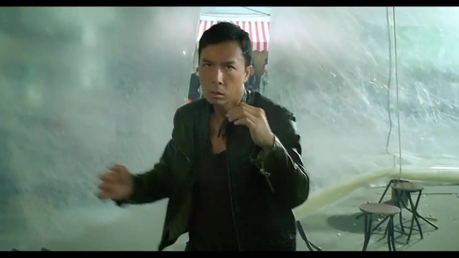 导火线:甄子丹诠释什么是真正的打斗,拳拳到肉,安排。