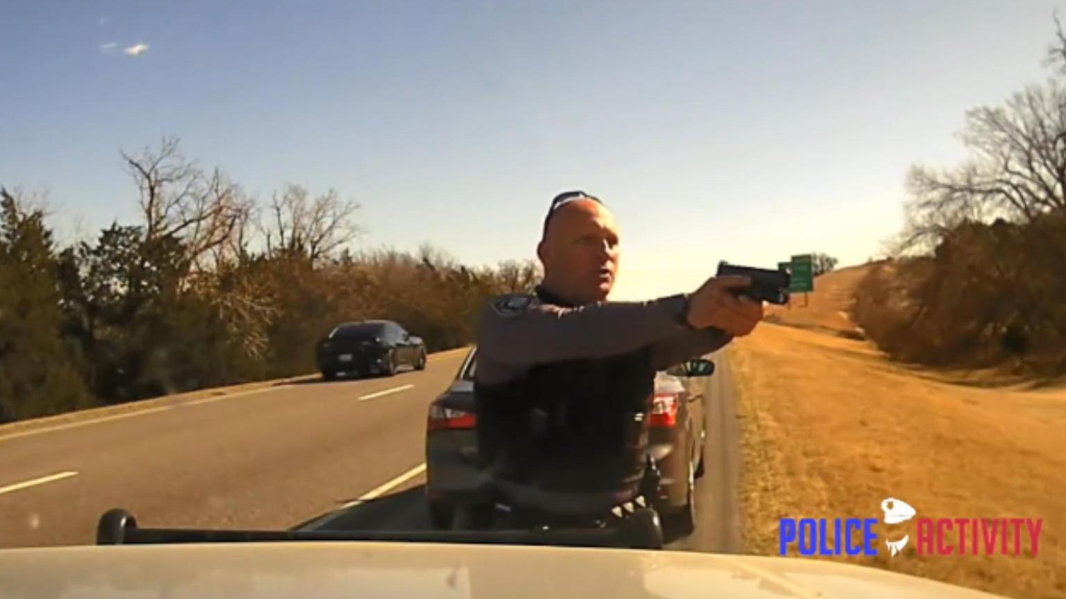 美国警官执法实录031