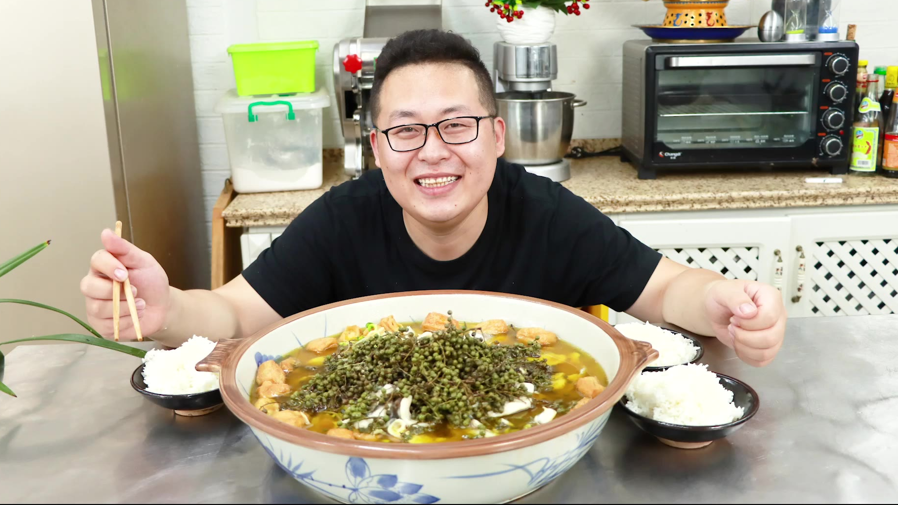 """27买条小鱼,做道四川江湖菜""""花椒鱼""""椒麻爽口,越吃越爽"""