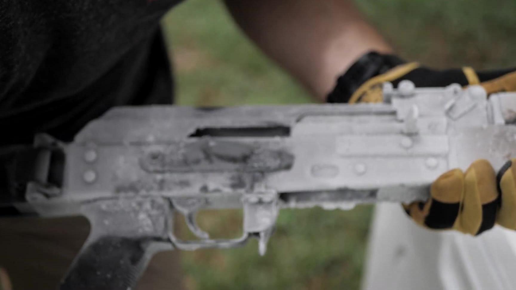 【TFB TV】低温测试 AR15 vs. AK47