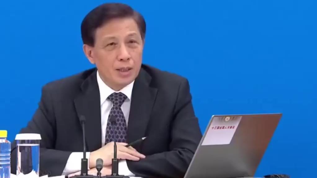 张业遂:对待中美关系中国不惹事但也不怕事