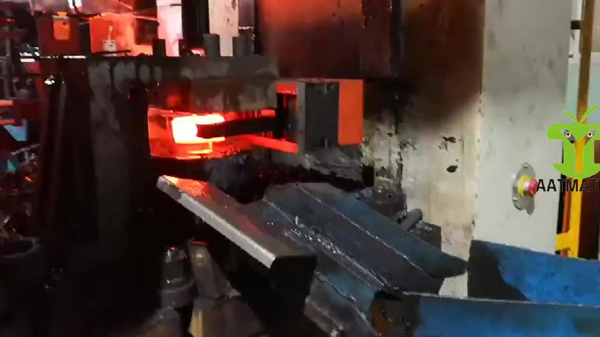 自动化锻压工厂   锻压机械手