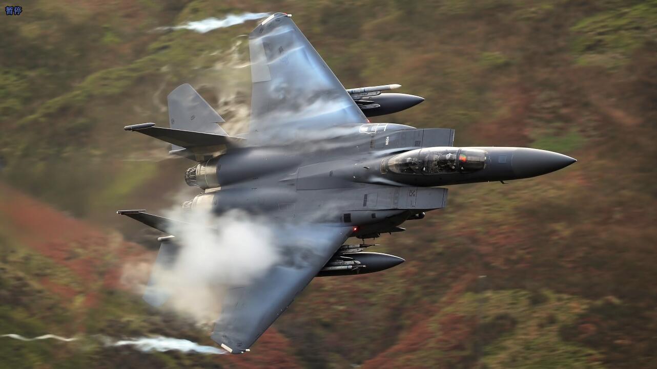 摄影师拍摄的美国各式战机