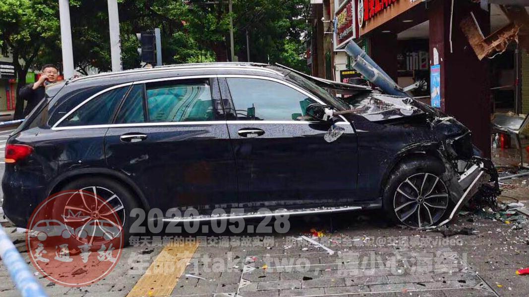 中国交通事故20200528:每天最新的车祸实例,助你提高安全意识