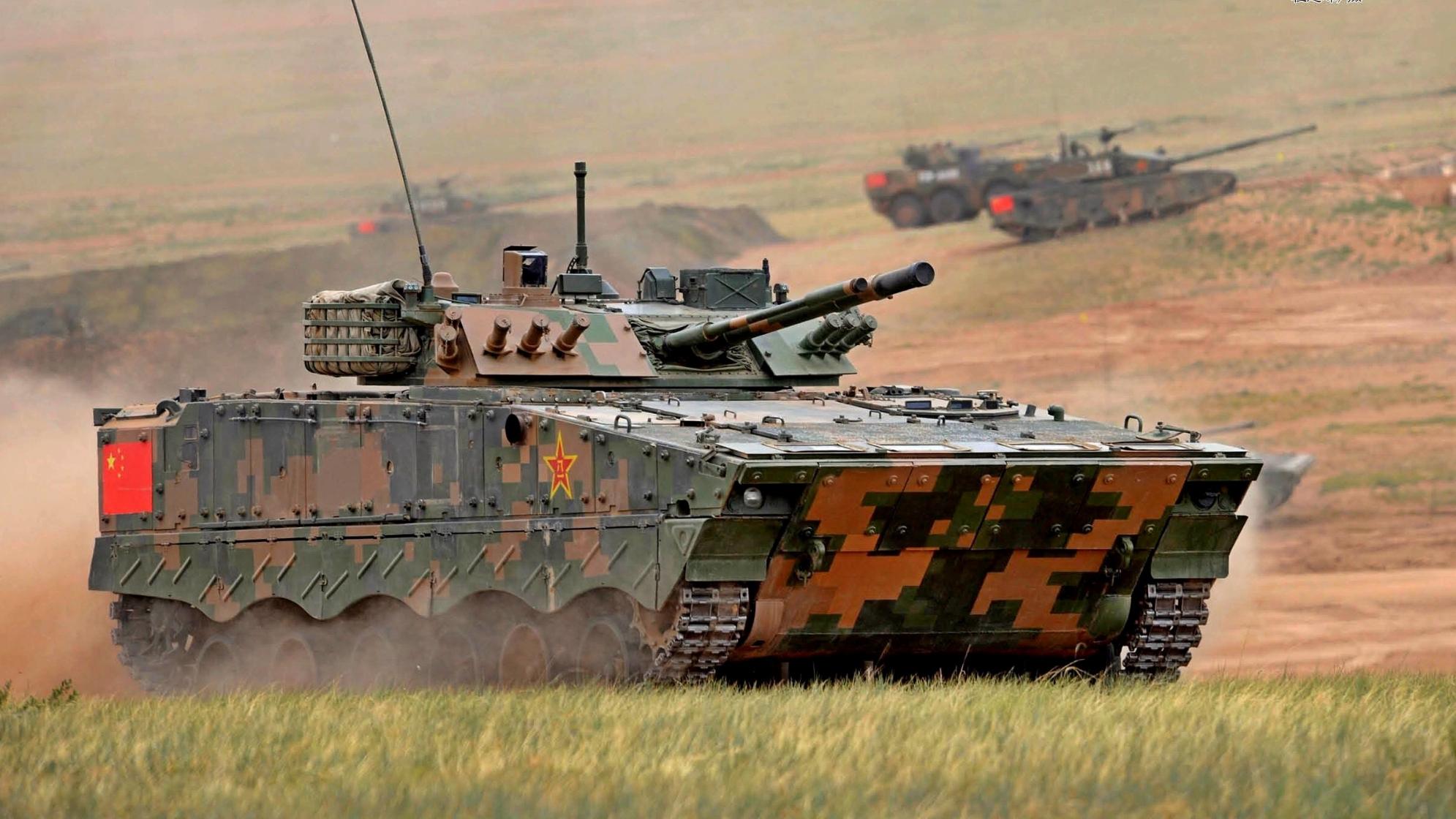 【讲堂557期】ZBD-04A步战车最全详解,全面武器配置,不愧99A坦克有力辅助