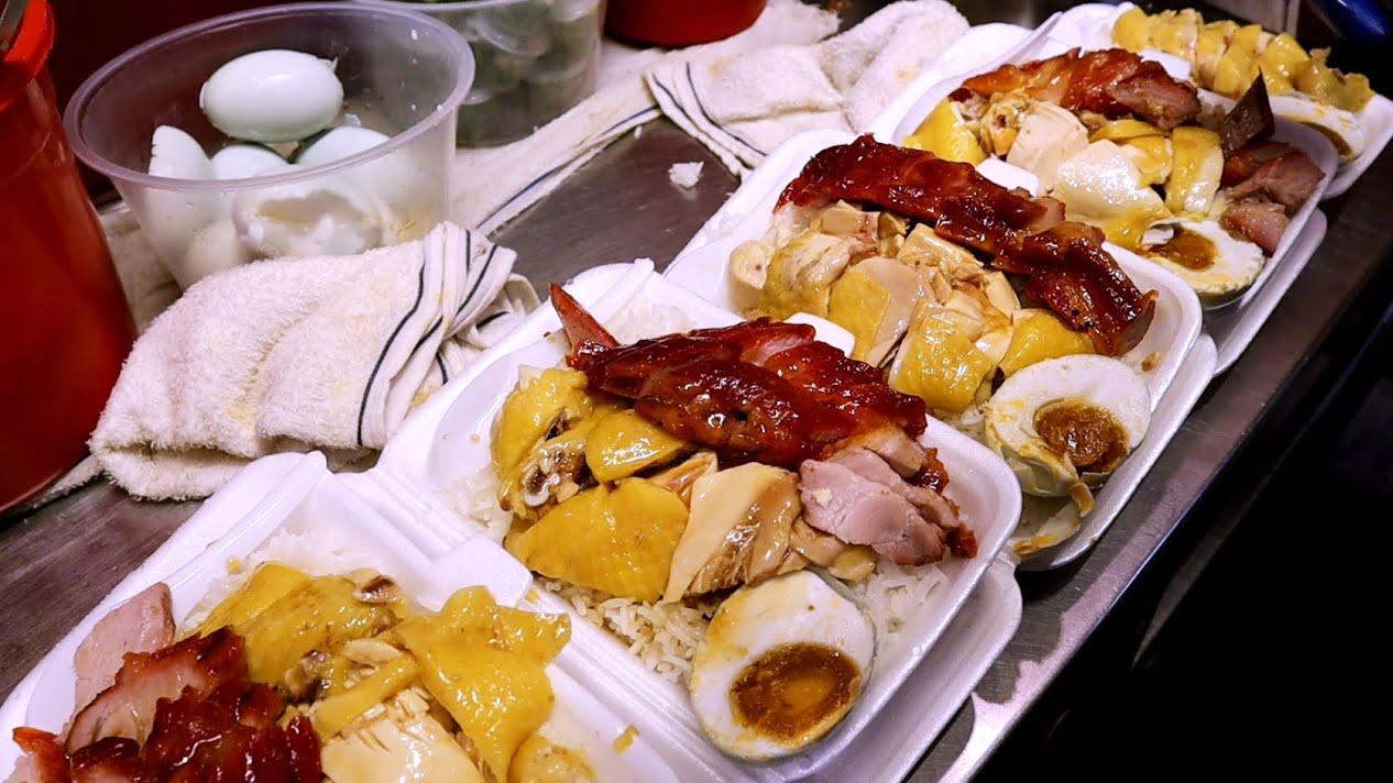 香港随处可见烧腊店,港人必点盒饭,一盒叉鸡,香肠,一颗咸蛋!