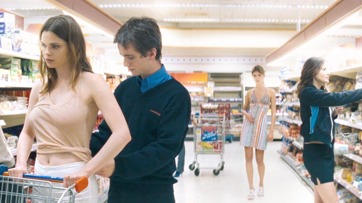 小伙14天不睡觉,领悟了静止时间的能力,在超市内为所欲为!速看奇幻电影《超市夜未眠》