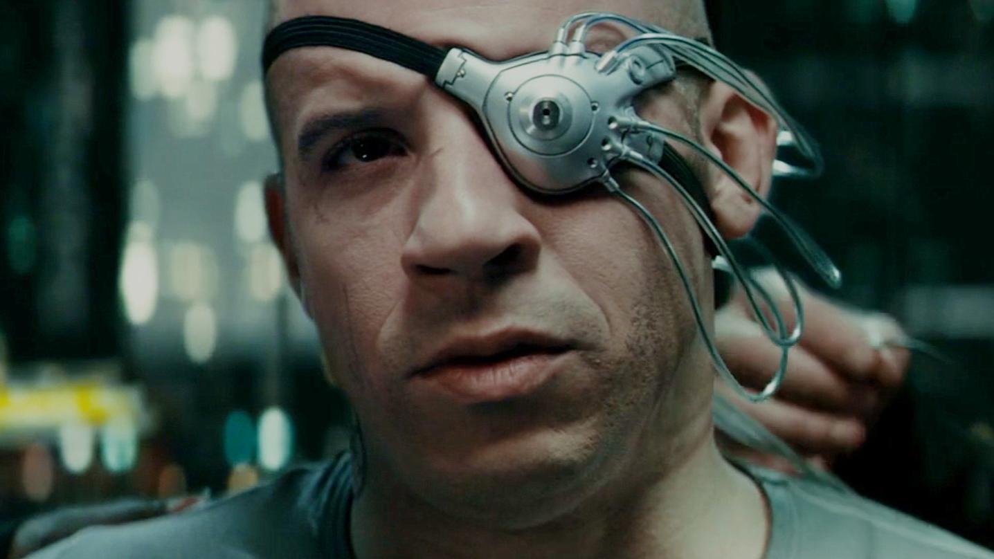 男子执行任务时丧命,被科学家带回实验室,最终改造成机械战士!