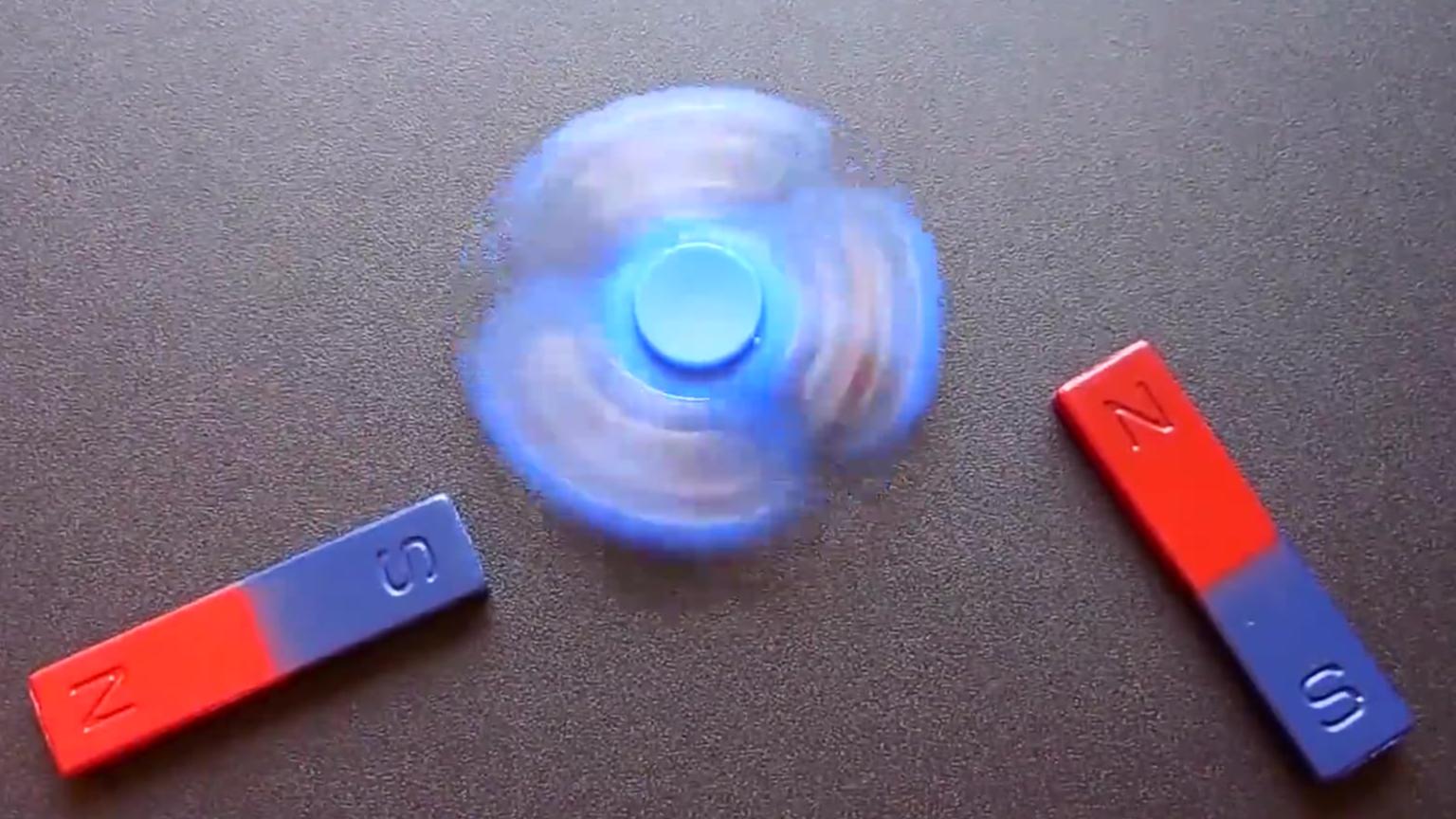 磁铁永动机(假)