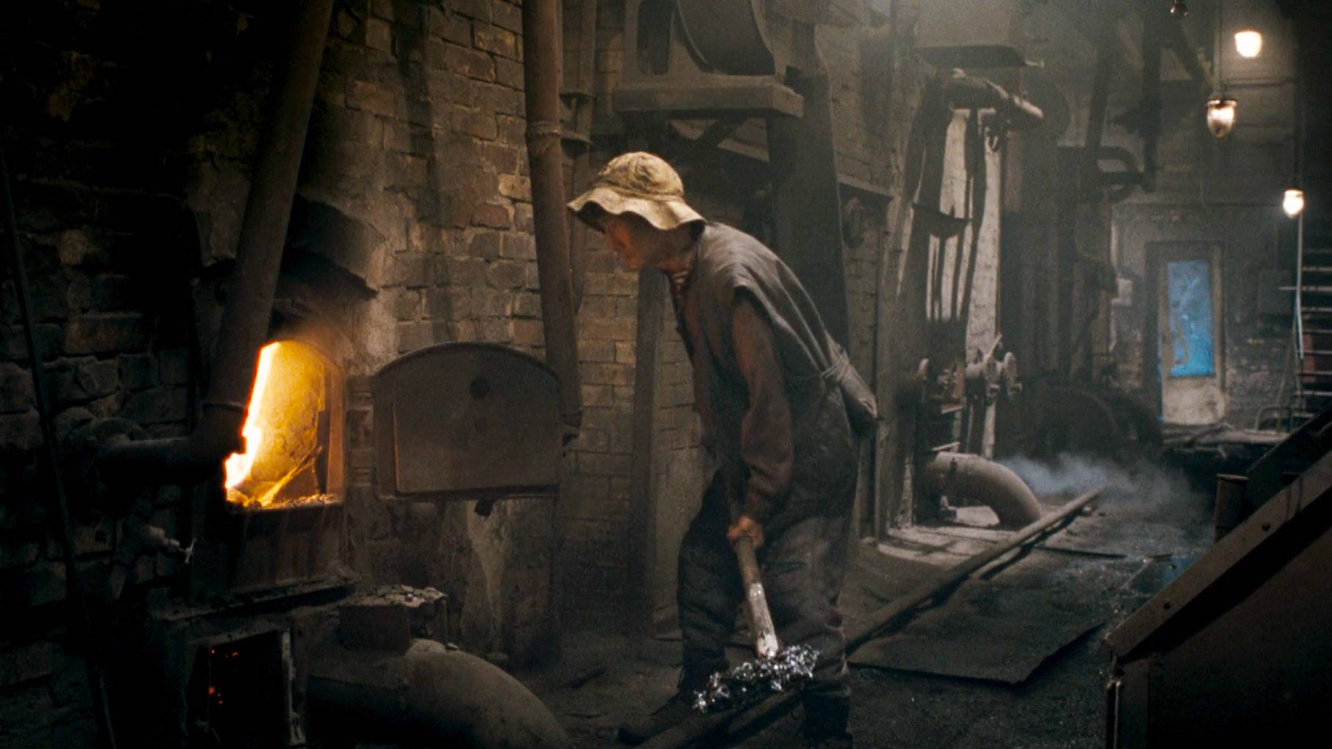 脏乱不堪的锅炉房,总有大人物来,原来这才是最阴暗的角落