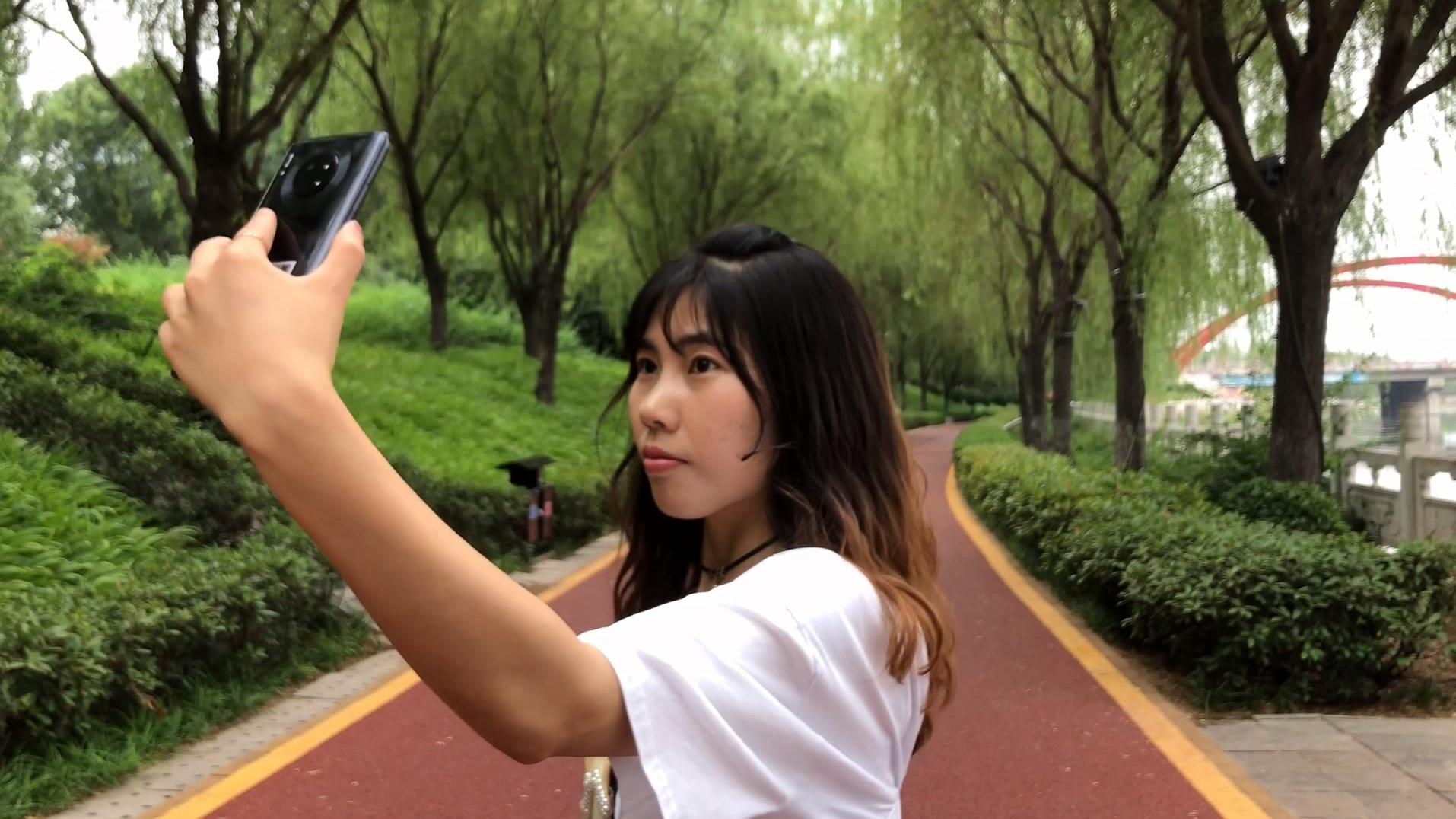 华为mate30手机体验,实测户外摄像头功能,你觉得如何