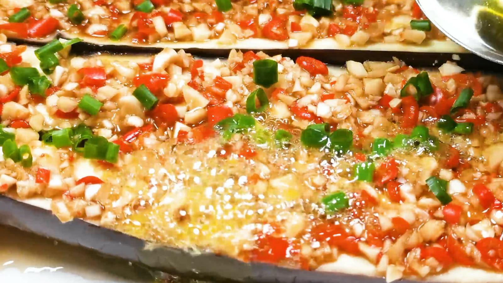蒜蓉茄子:最简单最好吃的教程 搭配周董的mojito 喝两口简直舒适