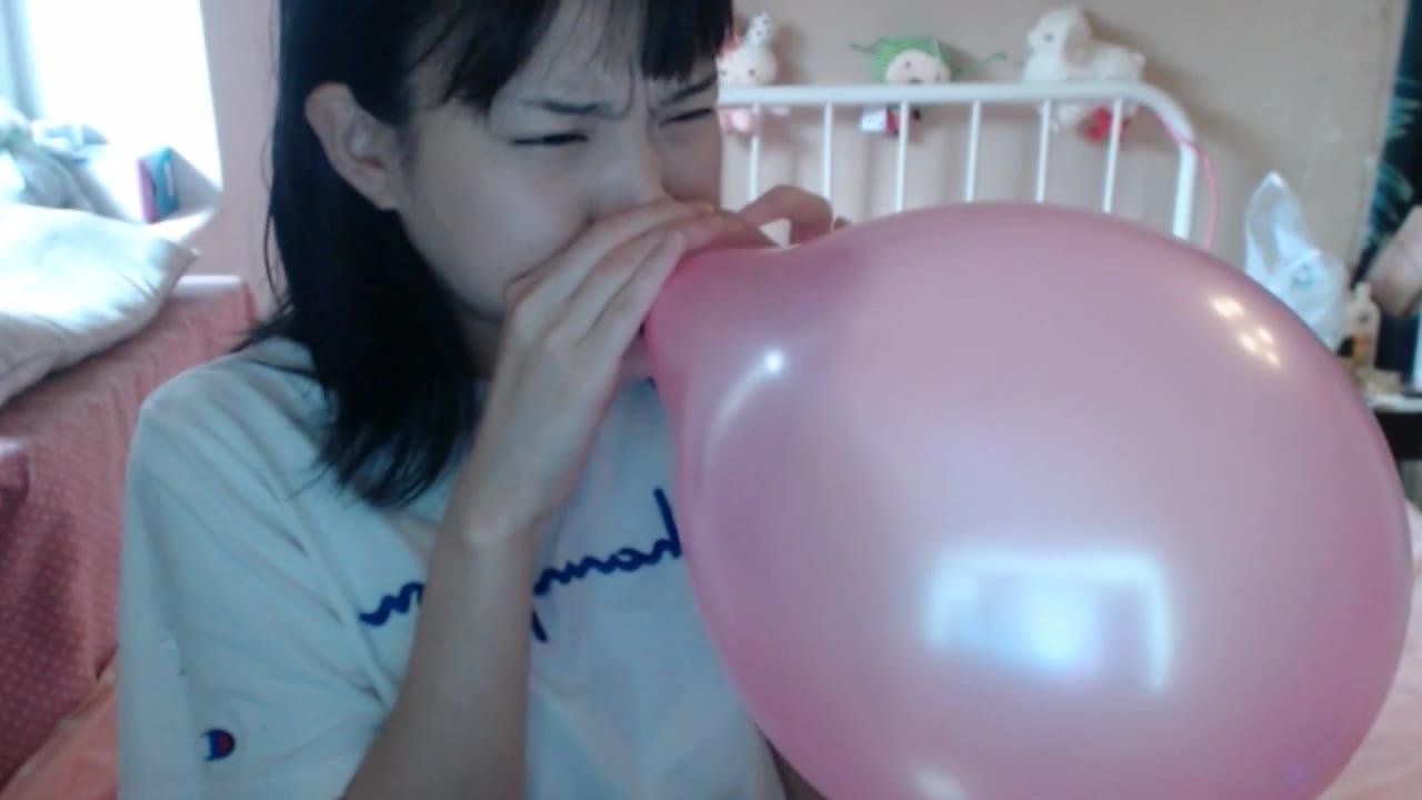 【拉野shi】挑战五口气吹爆气球!