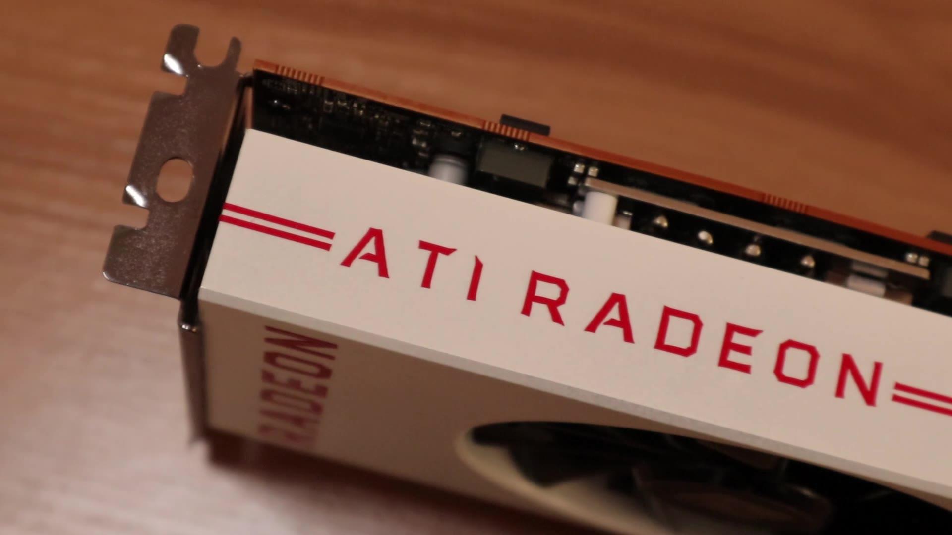 【撼讯】5600 XT ITX主机详解