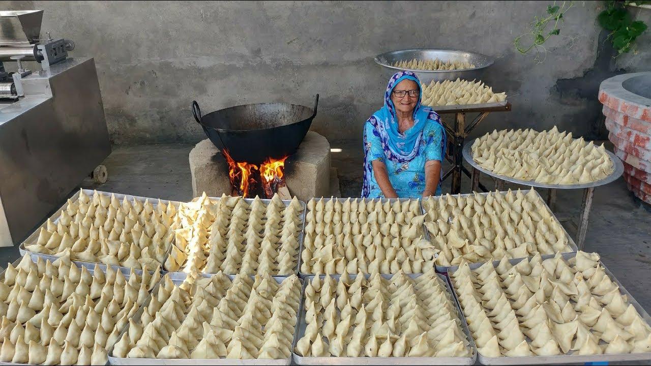 印度人又发明了马铃薯新吃法,40公斤马铃薯看看印度奶奶怎么吃法!