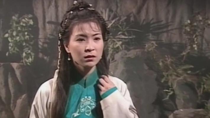 A站首发邸生系列:每个女人都有过十八岁,每个女孩子都会有十八岁,而她却永远停留在了十八岁——公孙绿萼