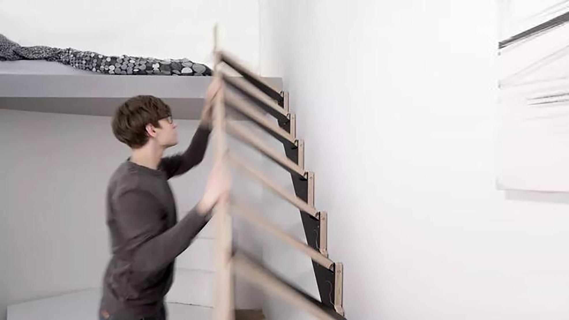 能贴在墙上的楼梯,不占空间,像挂在墙上的装饰画