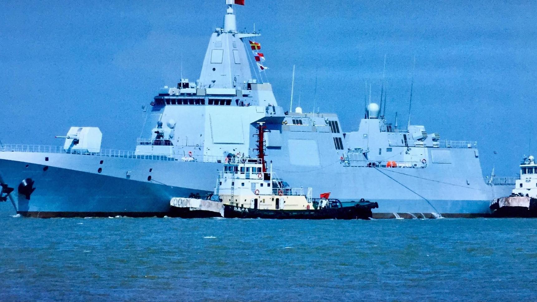 集大成者,055为何是中国海军走向远洋标准?500公里外就可重创对手