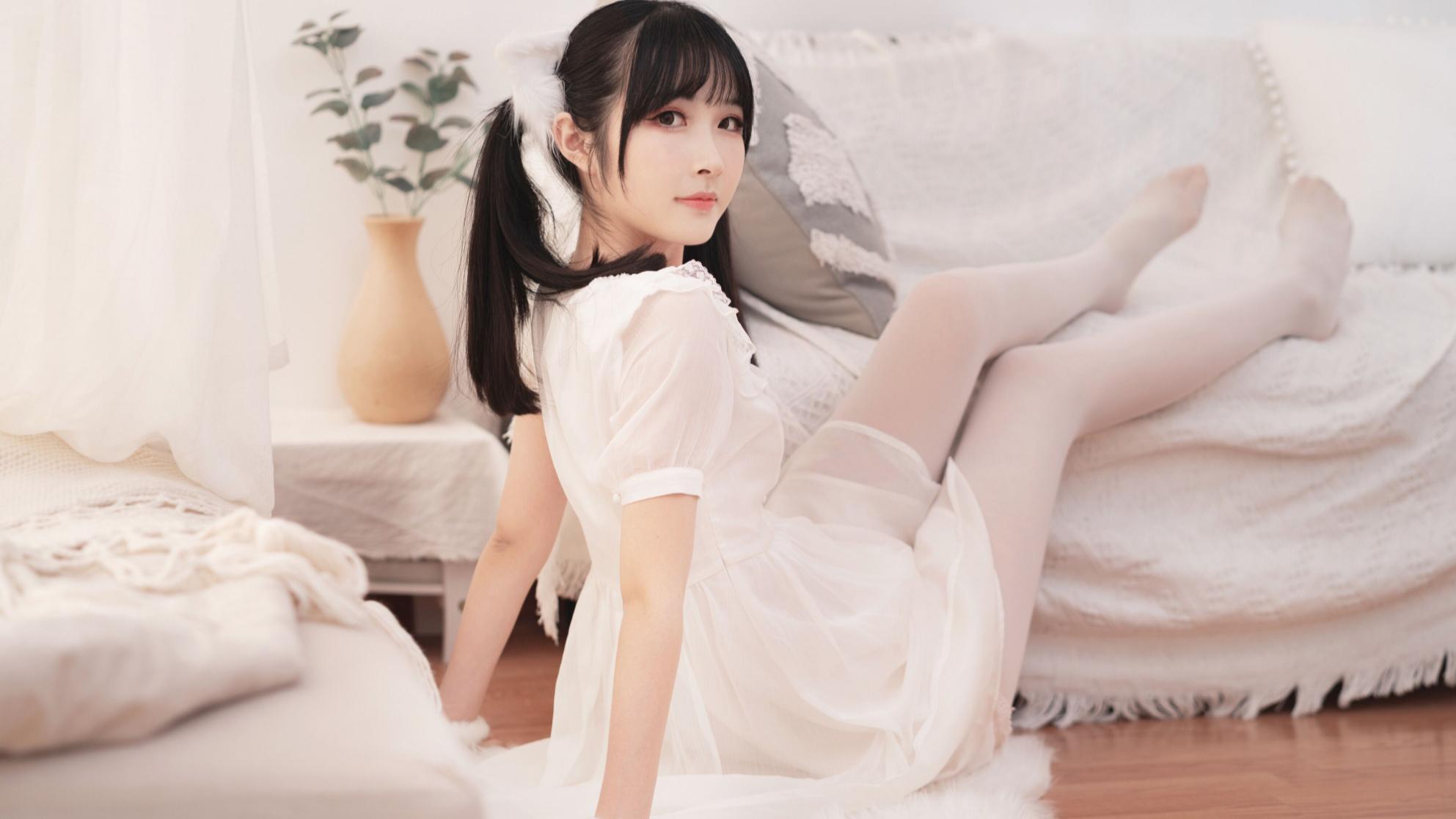 【NeKo】猫步轻俏Like a Cat 挠痒小白猫~o(=•ェ•=)o
